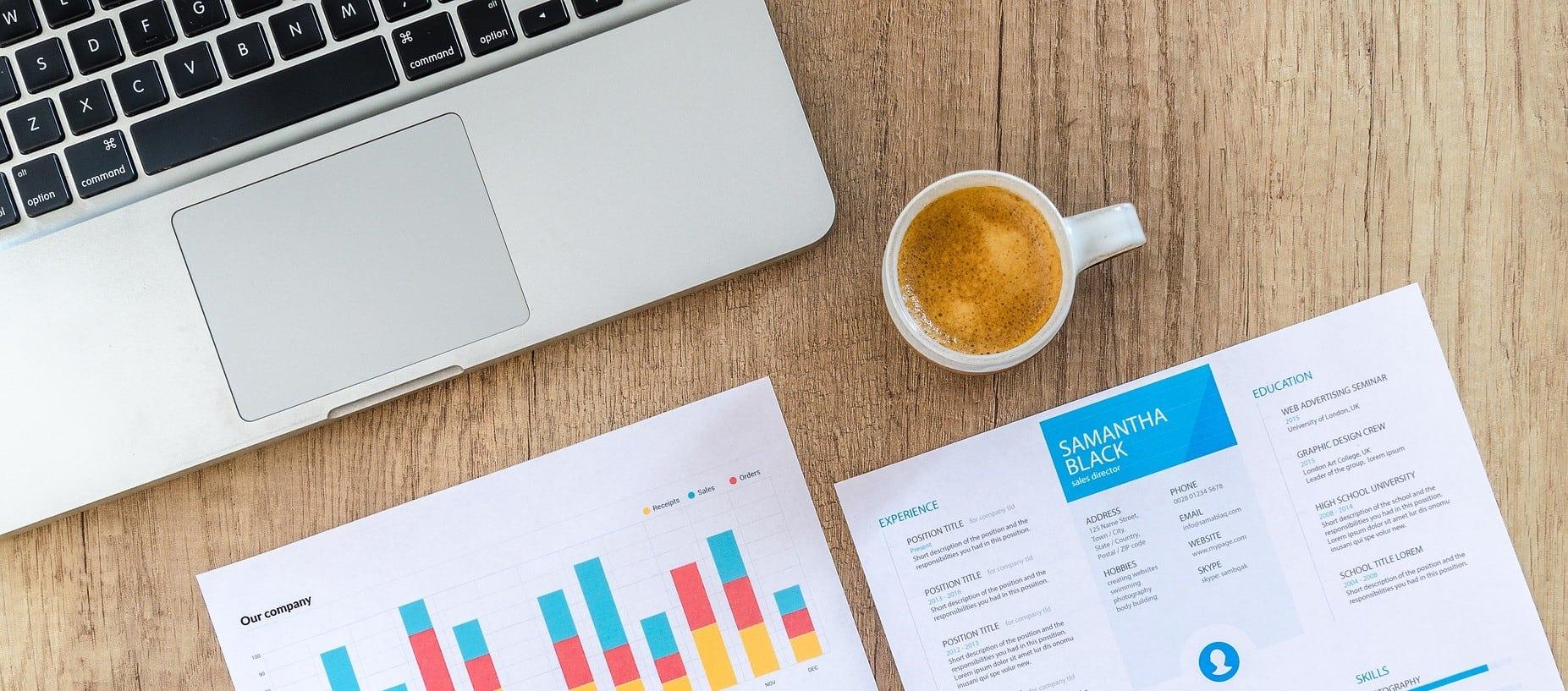 Laptop und Statistiken