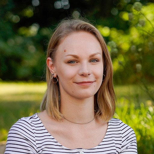 Lara Schrader